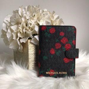 NWT Michael Kors passport case PRICE FIRM